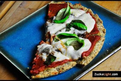 gluten free pizza featured