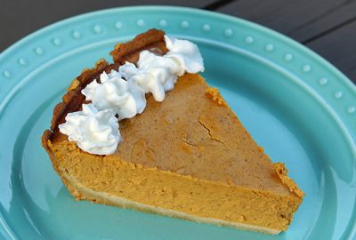 low-carb-pumpkin-cheesecake-pie_f