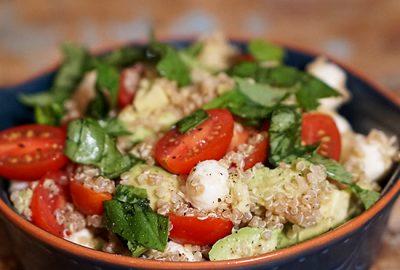 Quinoa-caprese-salad-F