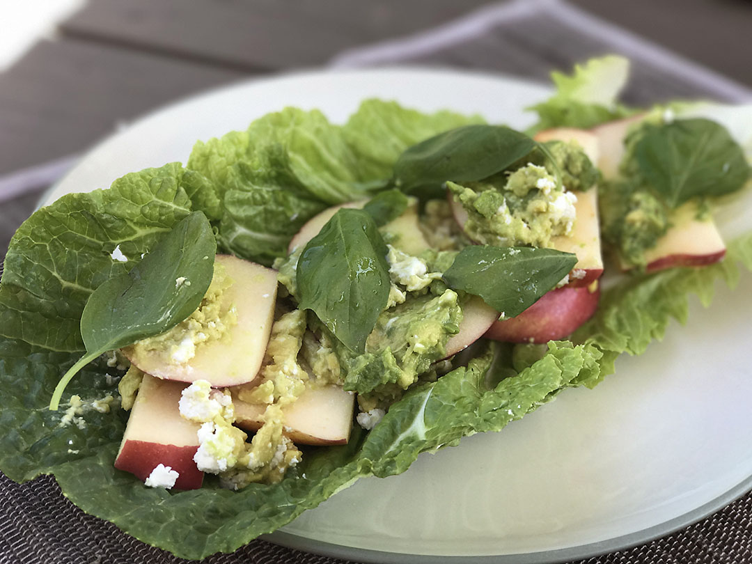 Cabbage_apple_goat_cheese