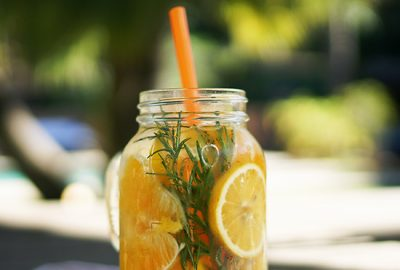InfusedWater-orange-rosemary-lemon-F