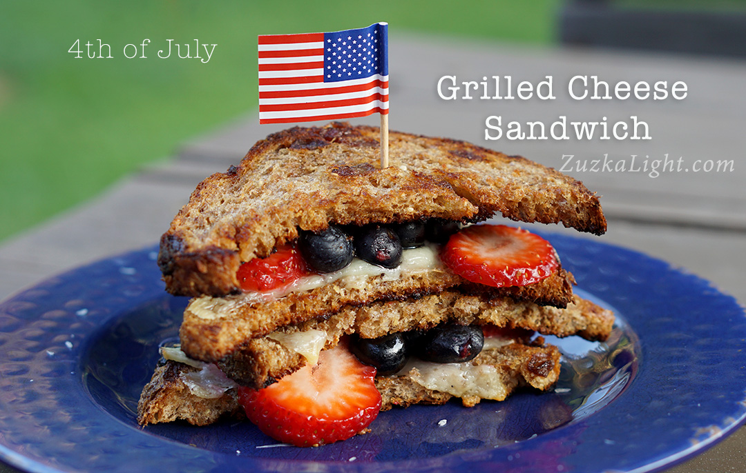 4th-of-July-GrilledCheeseSandwich